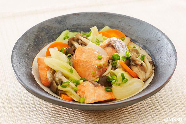 鮭と野菜のさっぱり蒸し | レシピ | ニッスイ